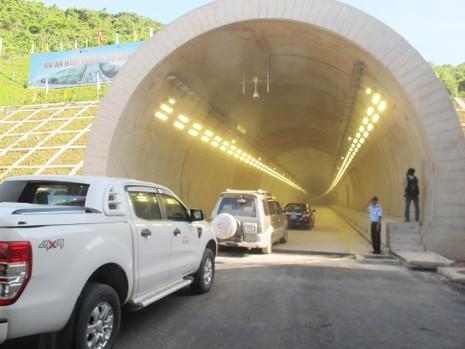 Thông xe hầm đường bộ đèo Cổ Mã - ảnh 1