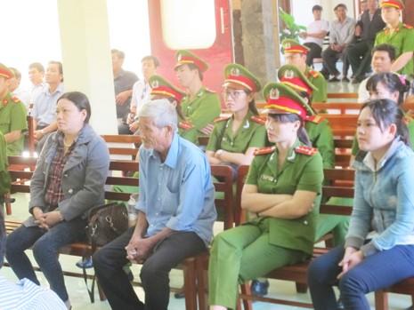 Lại hoãn xử phúc thẩm vụ công an đánh chết nghi can ở Phú Yên - ảnh 4