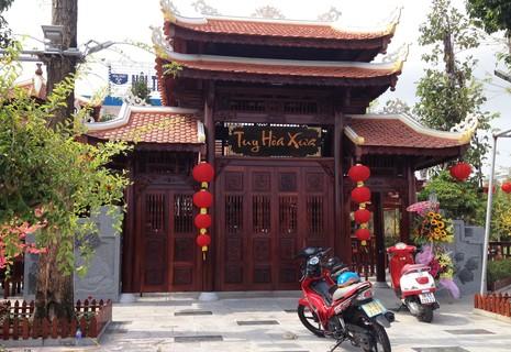 Phú Yên: Buộc tháo dỡ nhà hàng gỗ 'khủng' xây dựng trái phép - ảnh 1