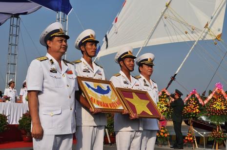 Hải quân Việt Nam đưa tàu buồm hiện đại bậc nhất thế giới vào sử dụng - ảnh 2