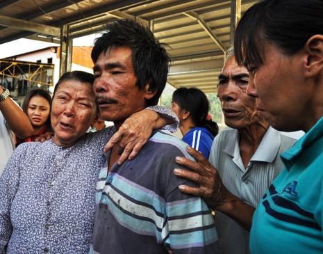 Nghi tàu nước ngoài cố tình tông chìm tàu cá Việt Nam ở Hoàng Sa - ảnh 3