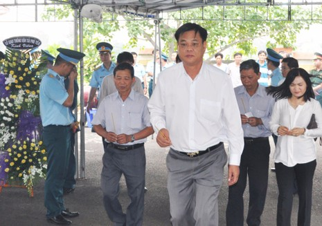 Vụ rơi máy bay ở Phú Yên: Truy phong thiếu úy cho học viên hy sinh - ảnh 5