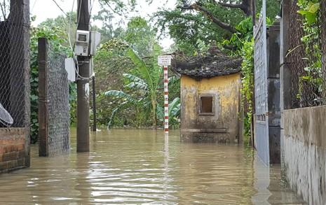 Thủy điện Sông Ba Hạ xả lũ lớn nhất trong 7 năm qua - ảnh 4