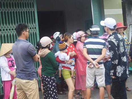 Phú Yên: 3 ngư dân bị lũ cuốn sống sót thần kỳ - ảnh 1