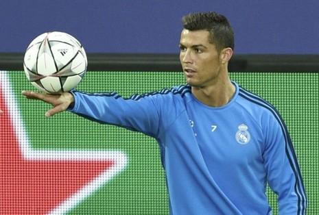 """Zidane: """"Ronaldo ở nhà và đợi Man. City"""" - ảnh 1"""