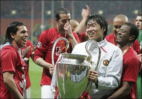 Cầu thủ Nhật thứ hai vô địch Anh - ảnh 2
