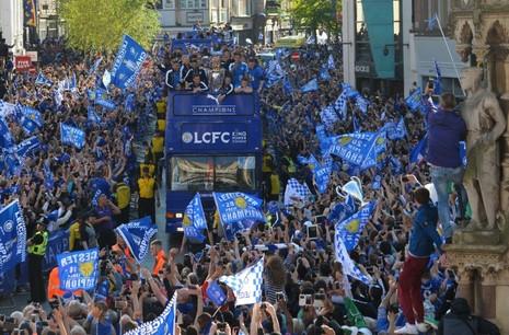 Leicester City hôm nay đến Thái ăn mừng - ảnh 2