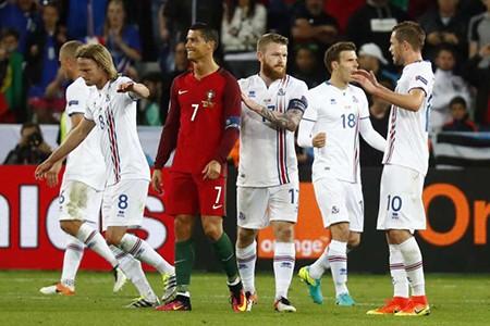 Các chân sút đình đám gặp khó tại Euro 2016 - ảnh 2