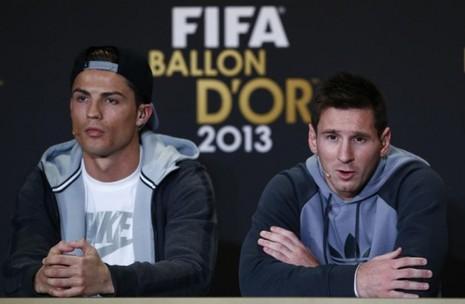Hai ngôi sao thế giới đang lập hàng loạt kỷ lục