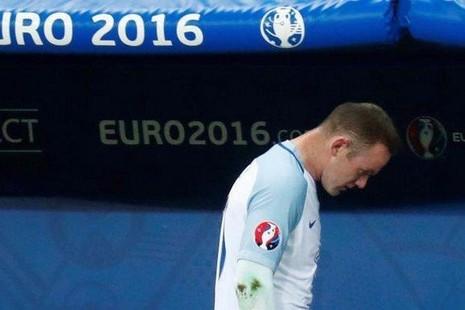 Tuyển Anh cuối đầu rời Euro