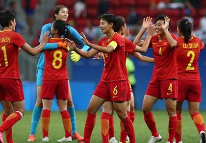 Bóng đá nữ Olympic: Hai 'bà lớn' châu Á đều vào tứ kết - ảnh 1