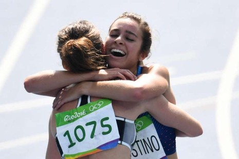 Một hình ảnh đáng trân trọng đầy tinh thần fair play tại Olympic - ảnh 3