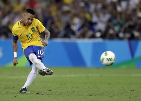 Trong một ngày, bộ ba Neymar, Suarez và Messi ghi 6 bàn - ảnh 2