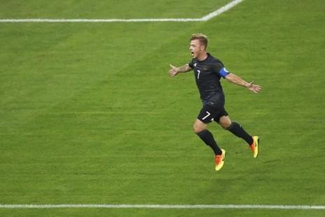 Joachim Loew gọi ba cầu thủ Olympic vào đội tuyển - ảnh 1