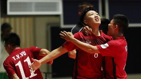 'Futsal Việt Nam, trẻ nhất nhưng đi bước chân dài nhất' - ảnh 1