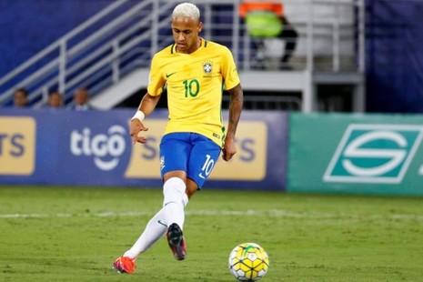 Ăn đòn đổ máu, Neymar tuyên bố không thay đổi cách chơi - ảnh 2