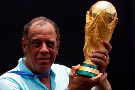 Thế giới tiếc thương huyền thoại bóng đá Brazil - ảnh 2