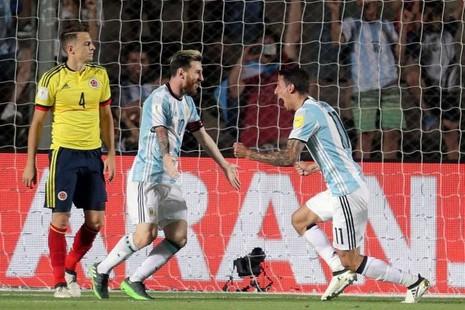 """Messi """"lệnh"""" cho đồng đội tẩy chay báo chí - ảnh 1"""