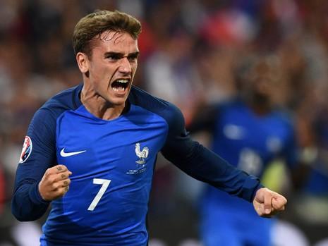 Sốc: Vua phá lưới Euro 2016 đến MU - ảnh 1