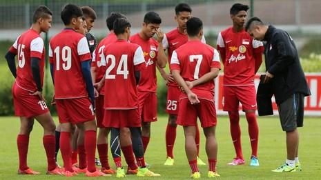 """Singapore tính """"kích cầu"""" bóng đá với Roberto Carlos - ảnh 1"""