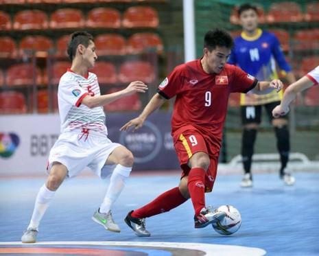 Việt Nam - Tajikistan (4-2): Đầu đã xuôi - ảnh 4