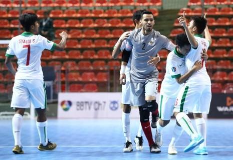Indonesia cầm hòa Nhật 3-3, U-20 Việt Nam nguy to - ảnh 3