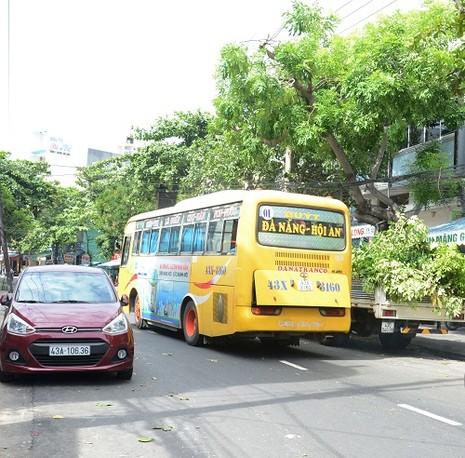 Đà Nẵng xử nặng xe buýt bỏ trạm, phóng nhanh, vượt ẩu - ảnh 1
