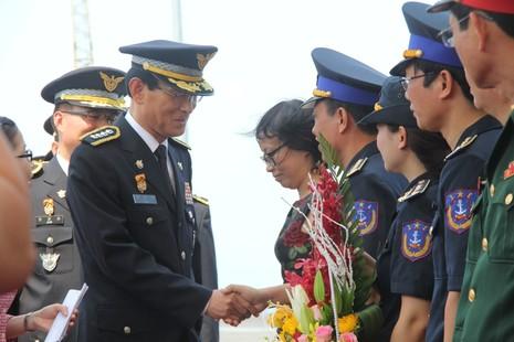 Tàu huấn luyện lực lượng bảo vệ bờ biển Hàn Quốc đến Đà Nẵng - ảnh 2