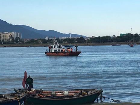 Đã tìm được thi thể 3 nạn nhân mất tích trong vụ chìm tàu - ảnh 4
