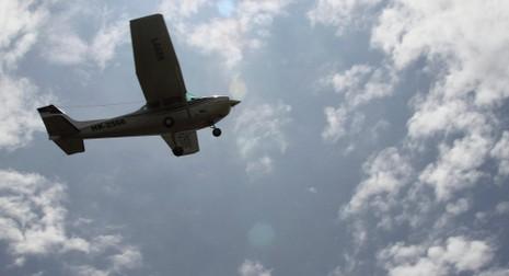 Máy bay đâm vào nhau, 3 người chết - ảnh 1