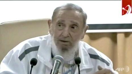 Cựu chủ tịch Fidel Castro bất ngờ xuất hiện trên truyền hình - ảnh 1