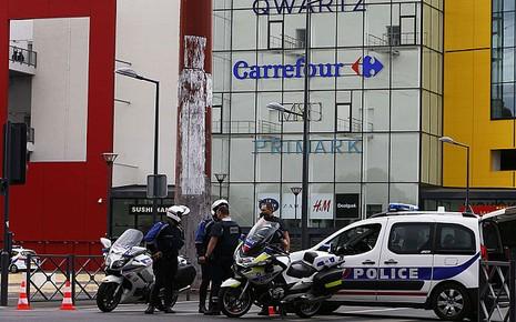 Cướp vũ trang tại Paris: Giải thoát thành công 18 con tin - ảnh 1
