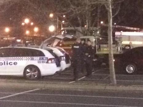 Úc: Nghi can mang chất nổ bắt cóc ít nhất một con tin - ảnh 3