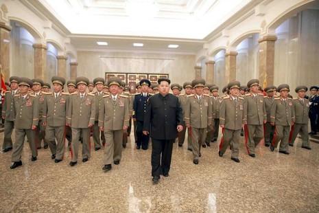 Kim Jong Un 'đe dọa' Hàn Quốc hơn cả cha mình - ảnh 1