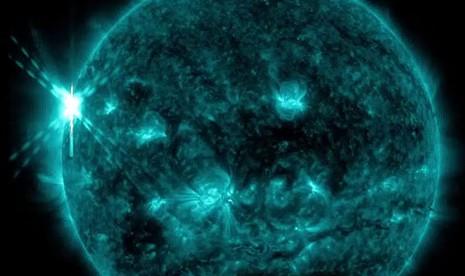Mặt trời trong tương lai sẽ mọc ở phía Tây? - ảnh 2