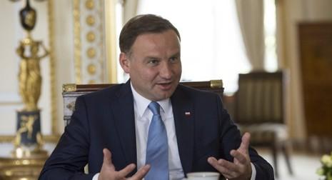 Tổng thống Ba Lan muốn lập căn cứ NATO ở Đông Âu - ảnh 1