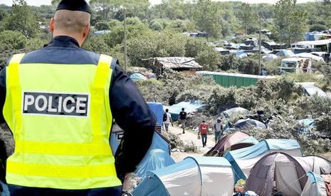 Pháp săn lùng IS đội lốt người tị nạn thâm nhập Anh - ảnh 1