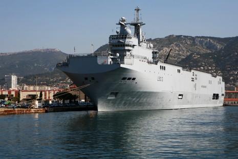 Thủ tướng Pháp sắp ký thỏa thuận bán Mistral cho AI Cập - ảnh 1