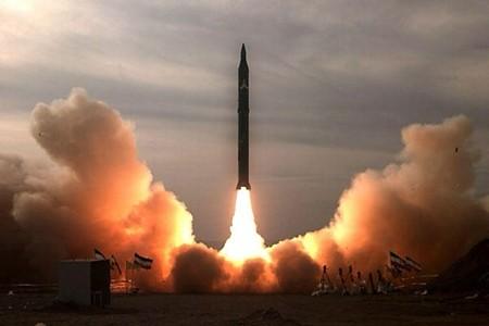 Nhật Bản liệu có trở thành quốc gia sản xuất vũ khí hạt nhân? - ảnh 1