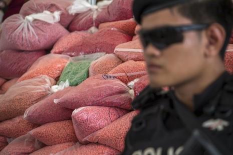 Thái Lan bắt 4 công dân Nhật vì buôn ma túy, hối lộ cảnh sát - ảnh 1