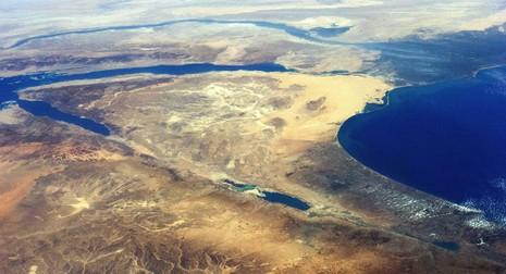 Vệ tinh Mỹ phát hiện chớp sáng lúc máy bay Nga rơi - ảnh 2