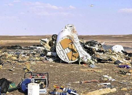 Vệ tinh Mỹ phát hiện chớp sáng lúc máy bay Nga rơi - ảnh 1