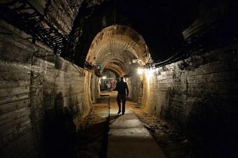 Ba Lan bắt đầu khảo sát cách đào tìm 'tàu vàng' phát xít Đức - ảnh 1
