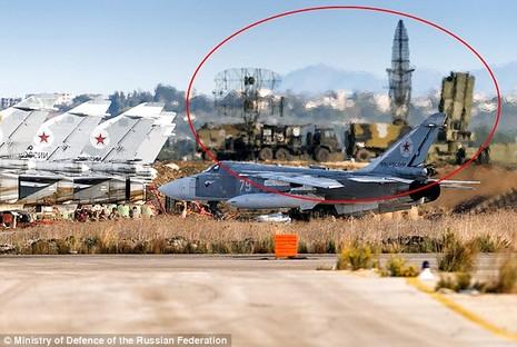 Nga triển khai tên lửa phòng không tối tân tại Syria - ảnh 1
