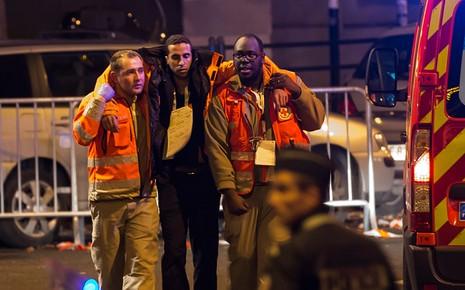 Pháp tăng quân cho thủ đô Paris, đóng cửa toàn bộ biên giới - ảnh 2