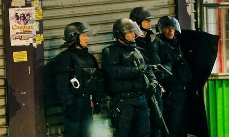 Kẻ chủ mưu vụ khủng bố Paris bị bố ráp tại St. Denis - ảnh 1