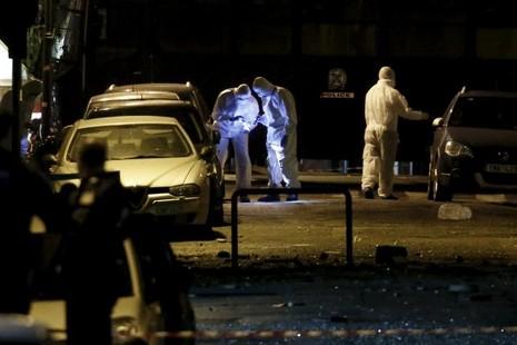 Bom phát nổ giữa thủ đô Athen của Hy Lạp - ảnh 1