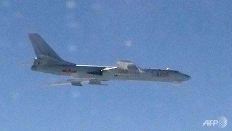 Trung Quốc tập trận, Nhật điều máy bay bảo vệ không phận - ảnh 1