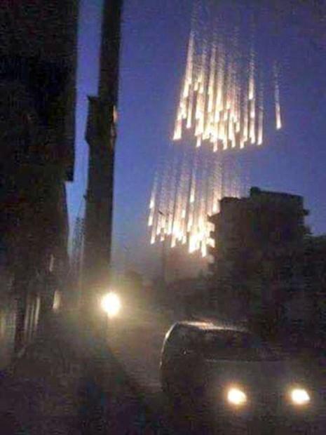 Nga bị tố sử dụng bom hóa học chết người tại Syria - ảnh 1