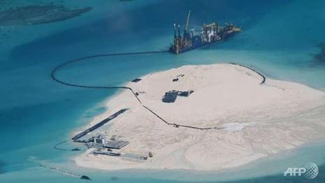 Đô đốc Trung Quốc: Quân sự hóa biển Đông 'tùy thuộc vào mức đe dọa' - ảnh 1